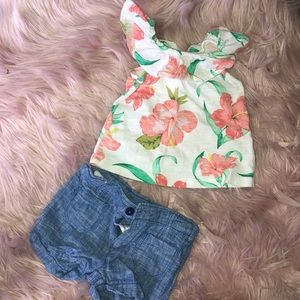 Old navy top. Cute summer outfit!! Toddler.